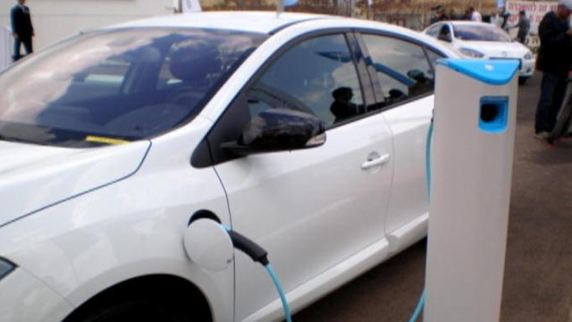PHOTO: Better Place, a California start-up, says its electric cars cost less and go farther.