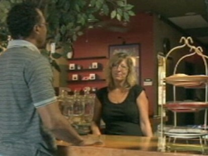 VIDEO: Arizona cafe raises money for women recovering from abuse and addiction.