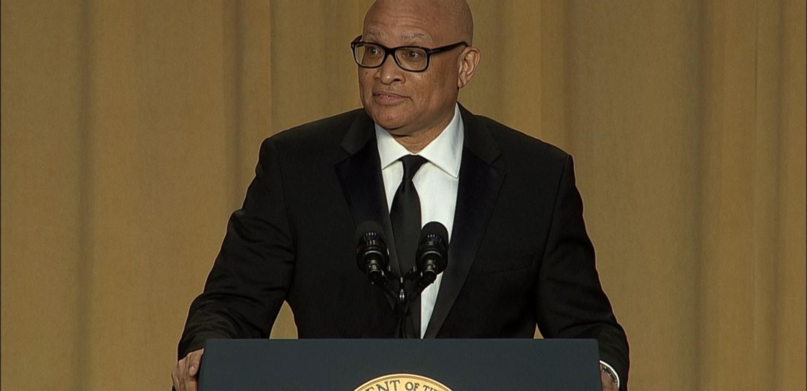 VIDEO: Comedian Larry Wilmore Roasts Washington Press