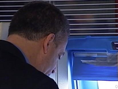VIDEO: Senator Russ Feingold Votes