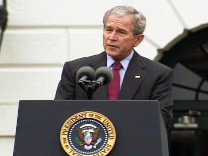 pic of president george bush in the rose garden at the white house