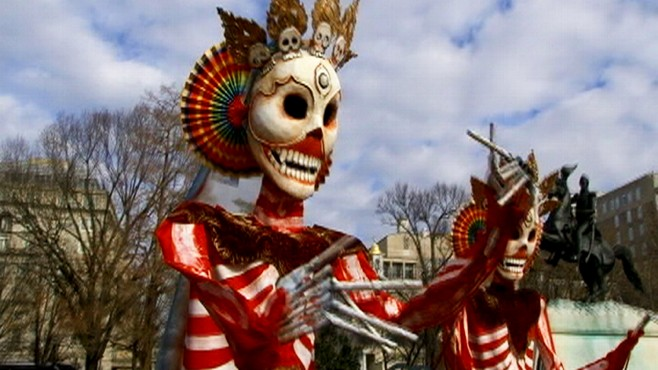 VIDEO: Skeletons Taunt Chinese President Hu Jintao