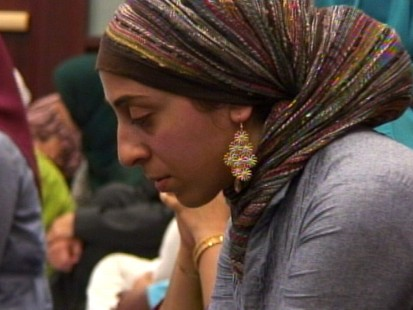 VIDEO: Muslim American congressional staffers having been praying for over 10 years.
