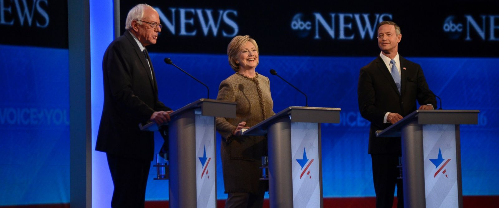 PHOTO: Sen. Bernie Sanders, Hillary Clinton and Martin OMalley at the Democratic debate in Manchester, N.H., Dec. 19, 2015.