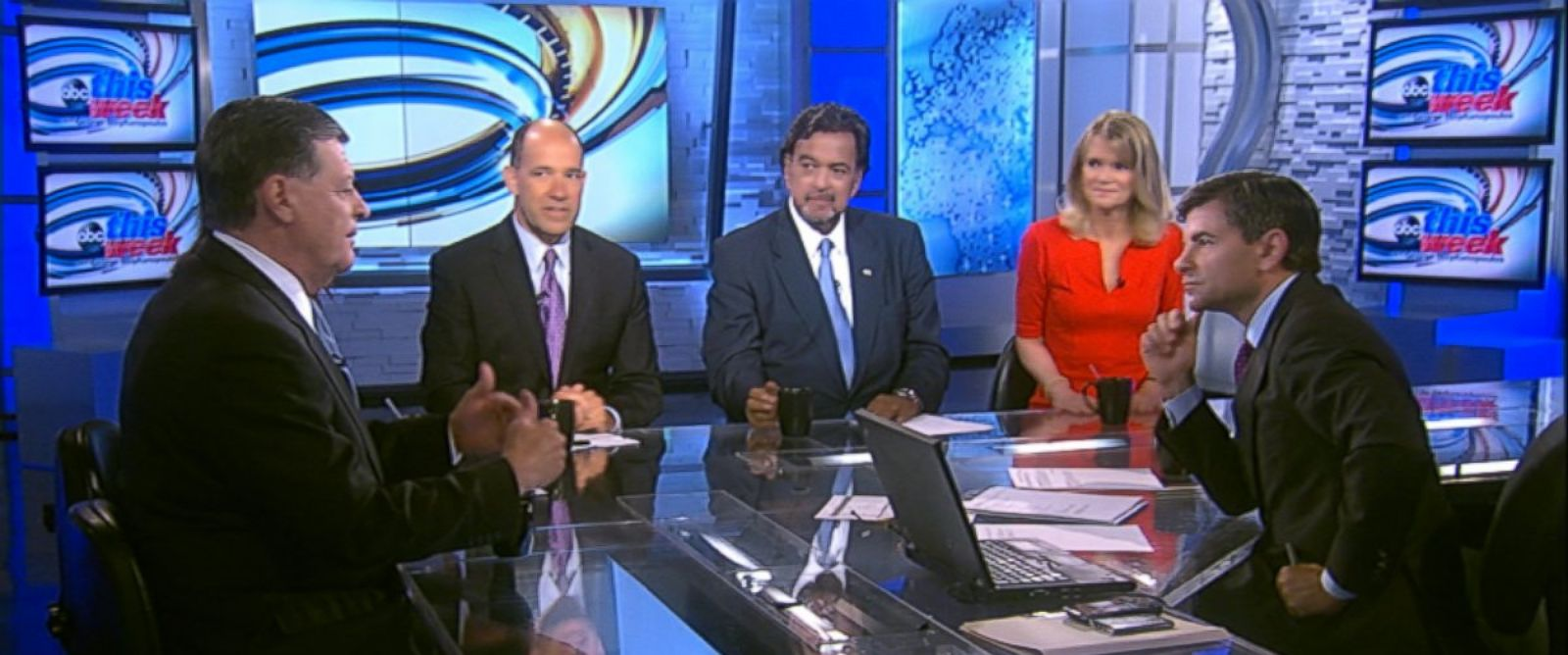 "PHOTO: ABC News Political Analyst Matthew Dowd, Fusions ""AM Tonight"" Host Alicia Menendez, Rep. Tom Cole (R) Oklahoma, Former New Mexico Governor (D) Bill Richardson and ABC News Chief Global Affairs Correspondent Martha Raddatz on This Week."
