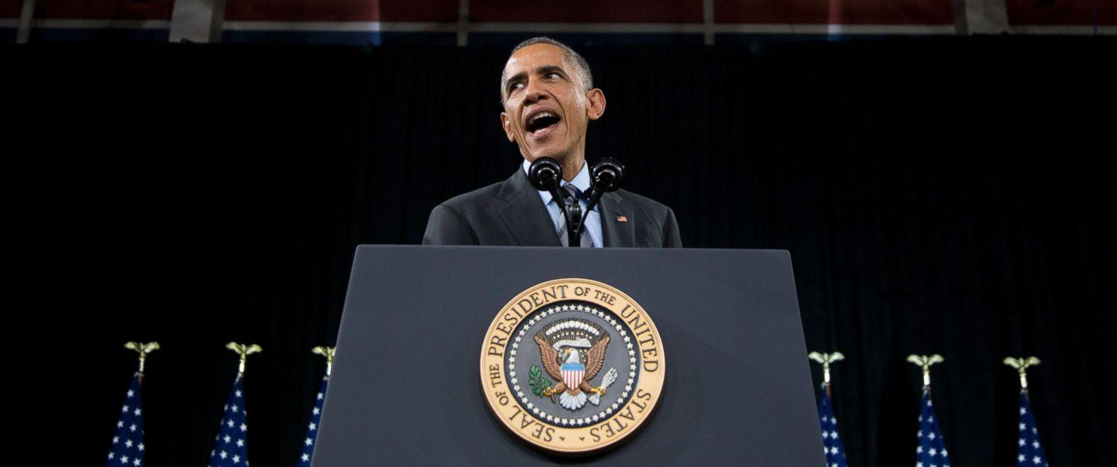 PHOTO: President Barack Obama speaks about immigration Nov. 21, 2014, at Del Sol High School in Las Vegas.