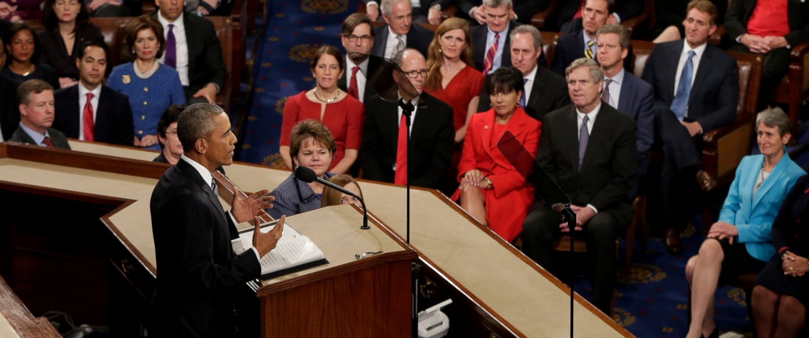 PHOTO: President Barack Obama gives his State of the Union address before a joint session of Congress on Capitol Hill in Washington, Jan. 12, 2016.