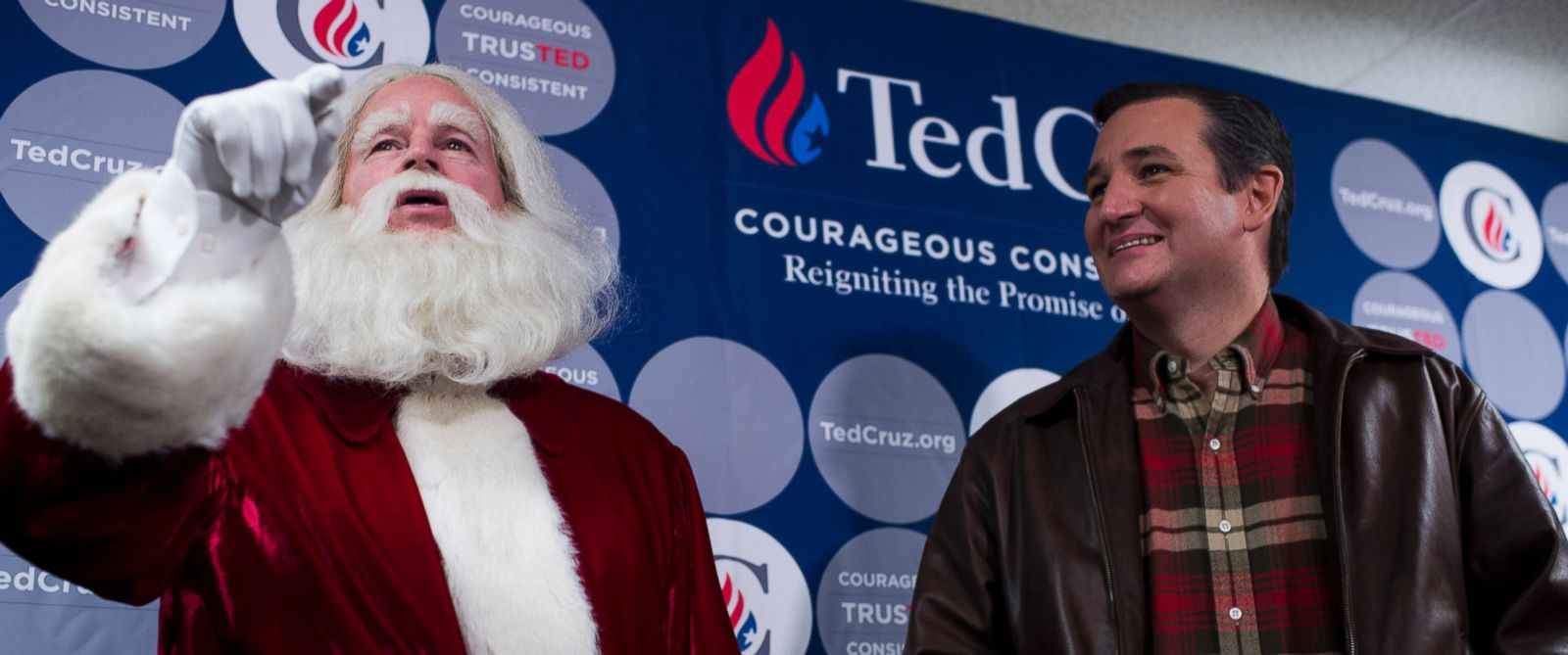 PHOTO: Santa Claus makes an appearance with Republican Presidential candidate Sen. Ted Cruz, R-Texas, during his media availability before the rally at the Life Church in Mechanicsville, Va., on Dec. 17, 2015.