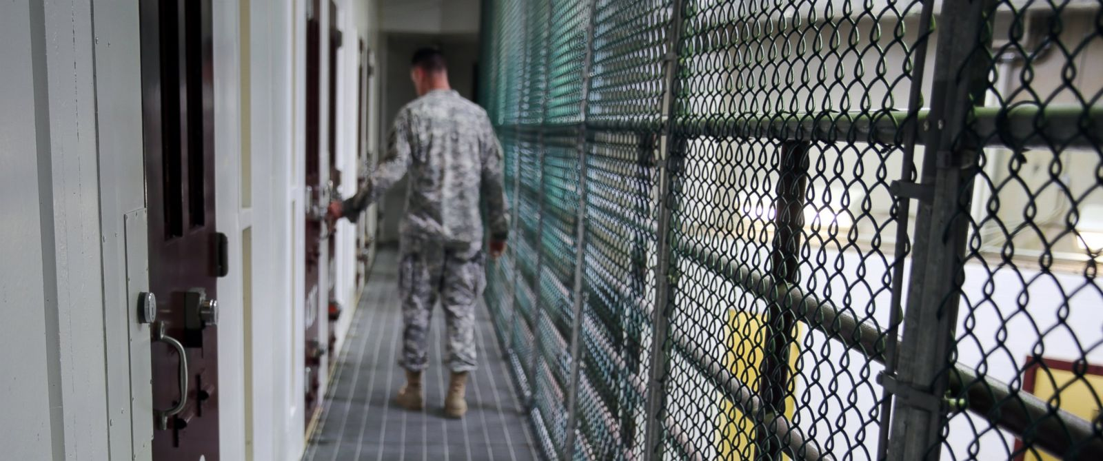the benefits of keep the guantanamo bay open Trump signs order to keep guantanamo prison open trump on tuesday signed a new executive order to keep open the us military prison at guantanamo bay.