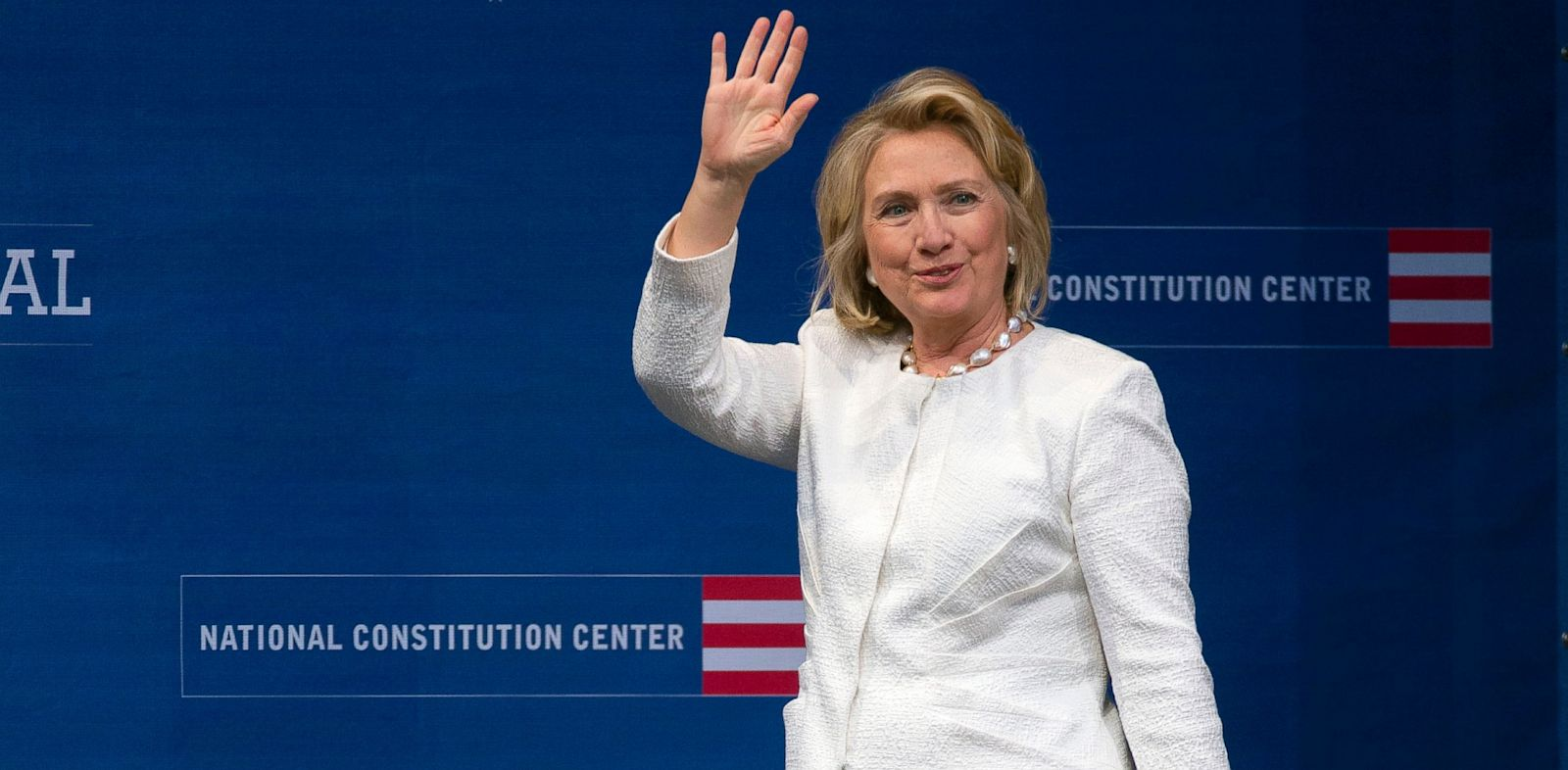 PHOTO: Former Secretary of State Hillary Rodham Clinton waves as she arrives to receive the Liberty Medal during a ceremony at the National Constitution Center, Tuesday, Sept. 10, 2013, in Philadelphia.