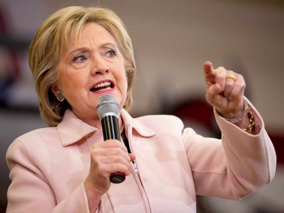 PHOTO: Democratic presidential candidate Hillary Clinton speaks at a rally at Grand View University in Des Moines, Iowa, Jan. 29, 2016.