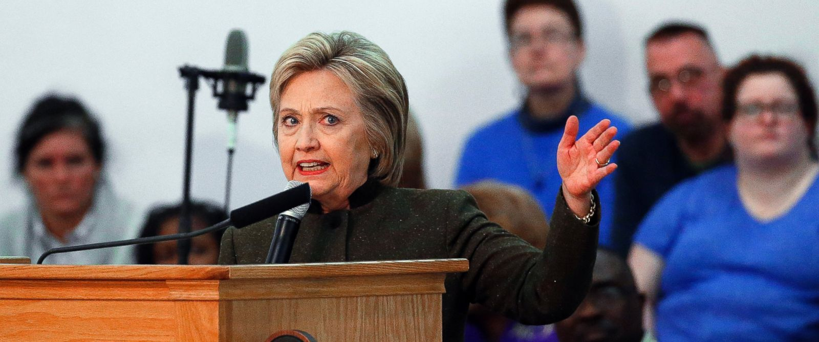 PHOTO: Democratic presidential candidate Hillary Clinton speaks at the House Of Prayer Missionary Baptist Church, Feb. 7, 2016 in Flint, Mich.