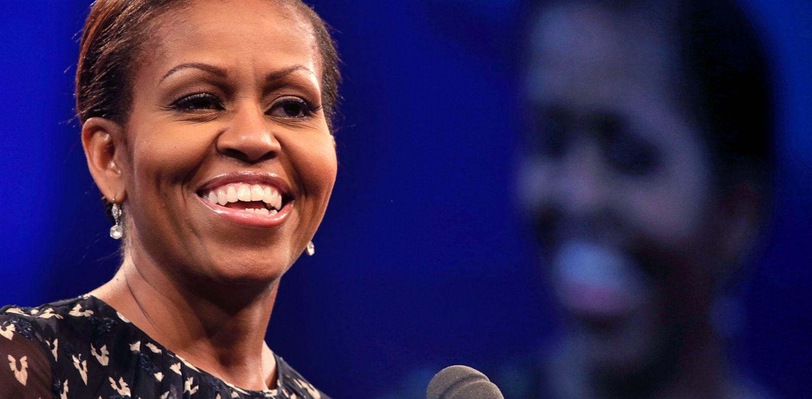 PHOTO: Michelle Obama Speaks To National Council of La Raza