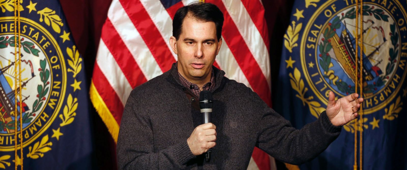 PHOTO: Wisconsin Gov. Scott Walker speaks at a training workshop for the New Hampshire state Republican Party in the auditorium at Concord High School, Saturday, March 14, 2015, in Concord, N.H.