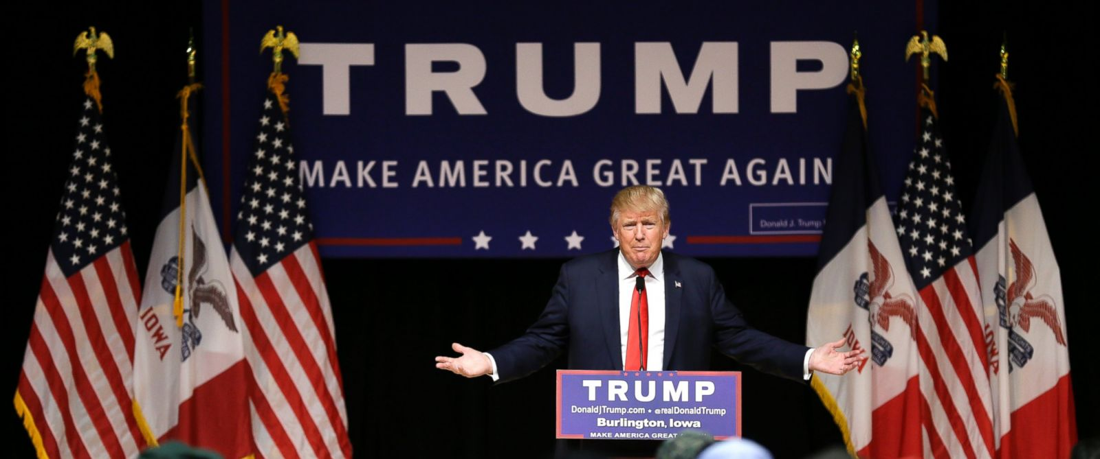 PHOTO: Republican presidential candidate Donald Trump speaks during a campaign stop at the Burlington Memorial Auditorium, Oct. 21, 2015, in Burlington, Iowa.