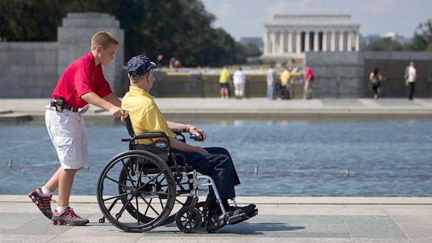 PHOTO: National World War II Memorial