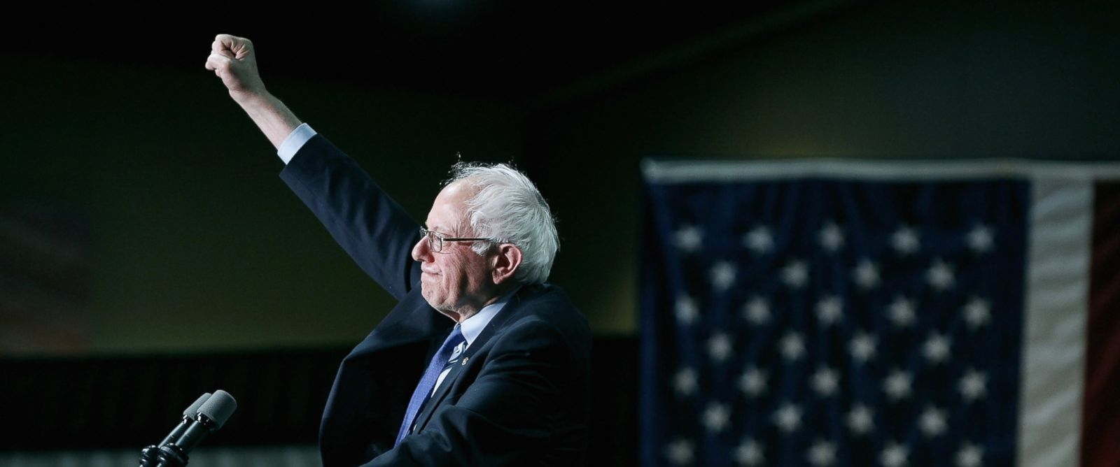 PHOTO: Democratic presidential candidate Sen. Bernie Sanders acknowledges the crowd gathered at the Phoenix Convention Center during a campaign rally on March 15, 2016 in Phoenix, Arizona.