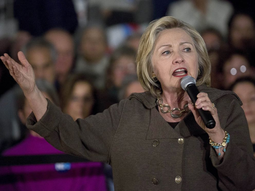 PHOTO: Hillary Clinton speaks during a town hall meeting at Keene High School in Keene, New Hampshire, Jan. 3, 2016.