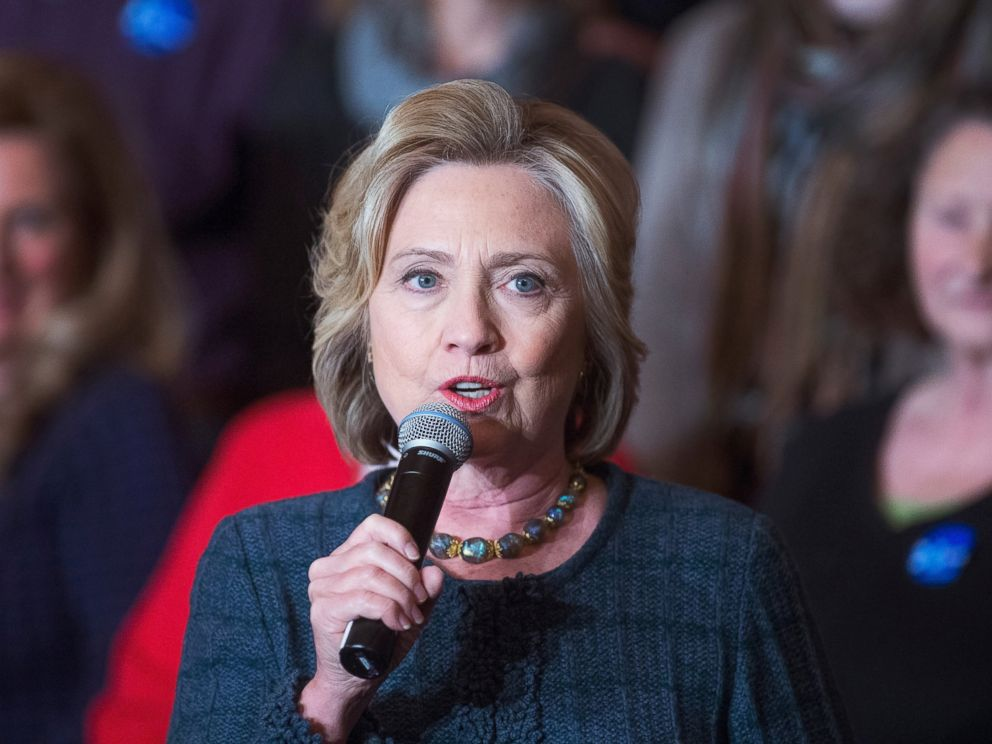 PHOTO: Democratic presidential candidate Hillary Clinton speaks to guests gathered for a town hall meeting at the Orpheum Theater, Jan. 5, 2016 in Sioux City, Iowa.