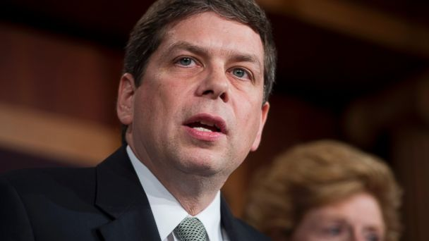 PHOTO: Sen. Mark Begich speaks during a news conference in the Capitol, Dec. 5, 2012.