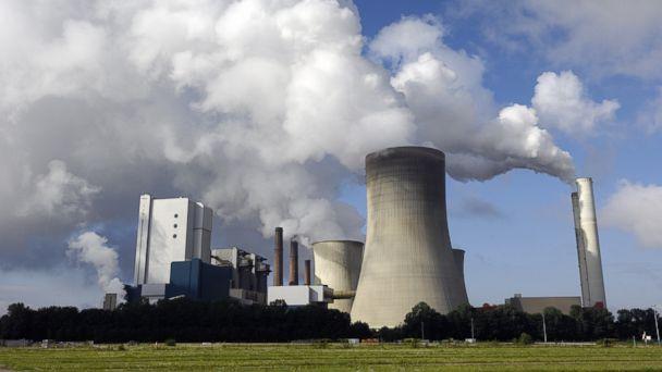 http://a.abcnews.go.com/images/Politics/GTY_modern_coal_burning_power_plant_jt_140531_16x9_608.jpg