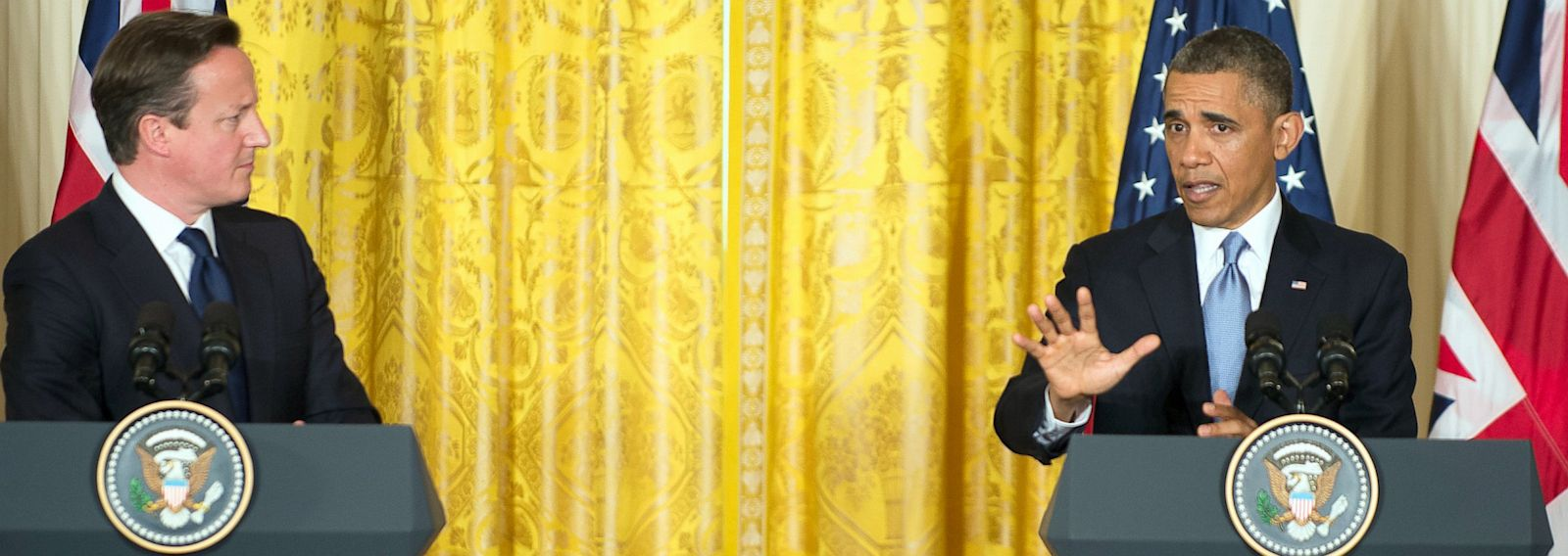 PHOTO: President Barack Obama and British Prime Minister David Cameron