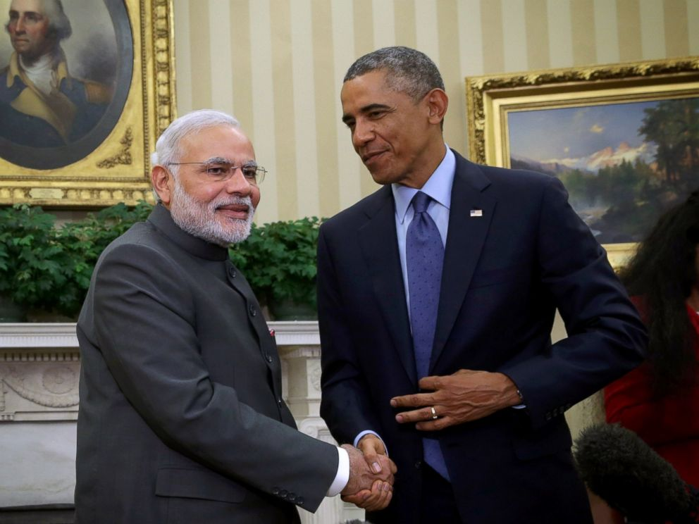 PHOTO: President Barack Obama meets with Indian Prime Minister Narendra Modi in the Oval Office of the White House, Sept. 30, 2014, in Washington.