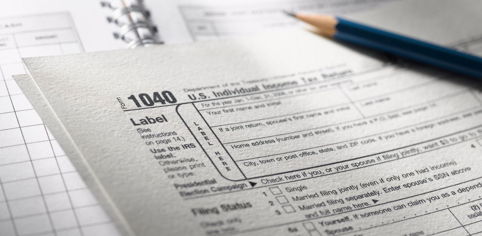 PHOTO: Is filing taxes jointly a good idea?