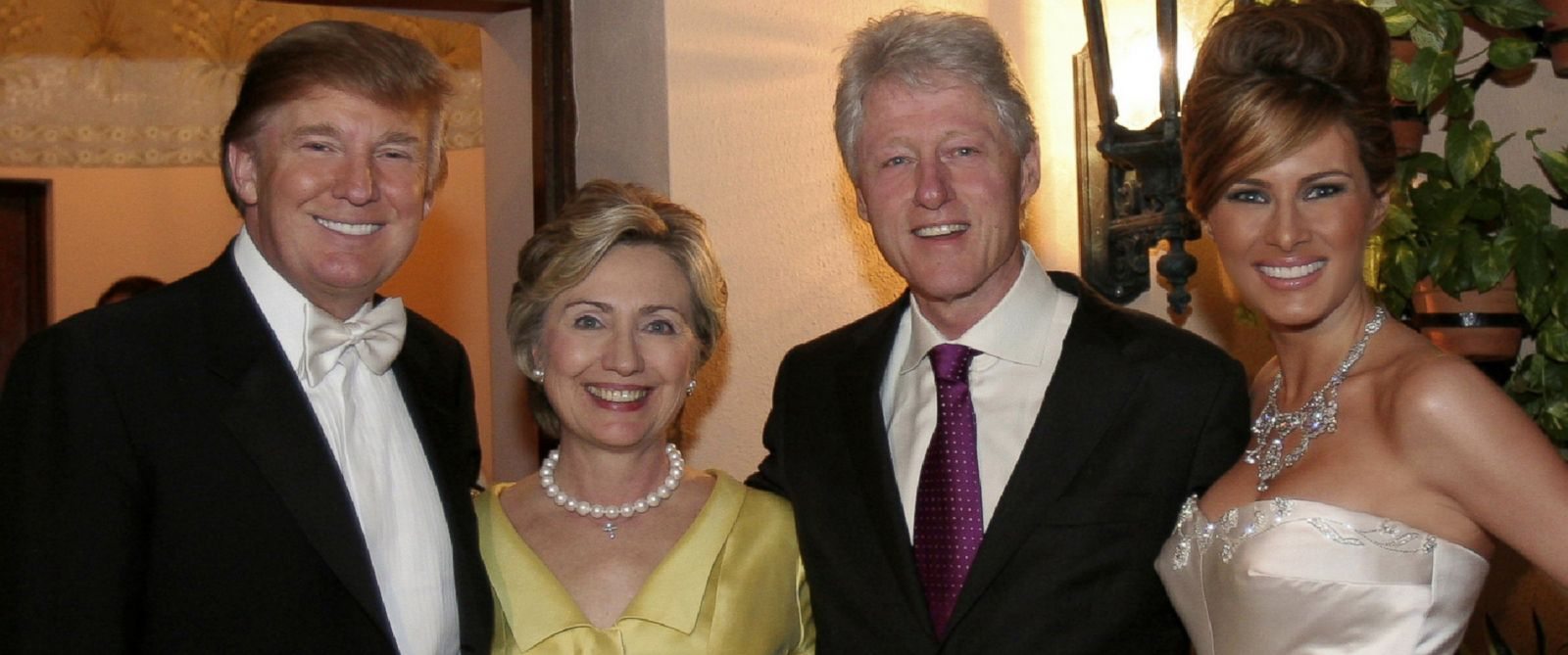 PHOTO: Donald Trump and Melania Trump with Hillary Rodham Clinton and Bill Clinton at their reception held at The Mar-a-Lago Club, Jan. 22, 2005, in Palm Beach, Fla.