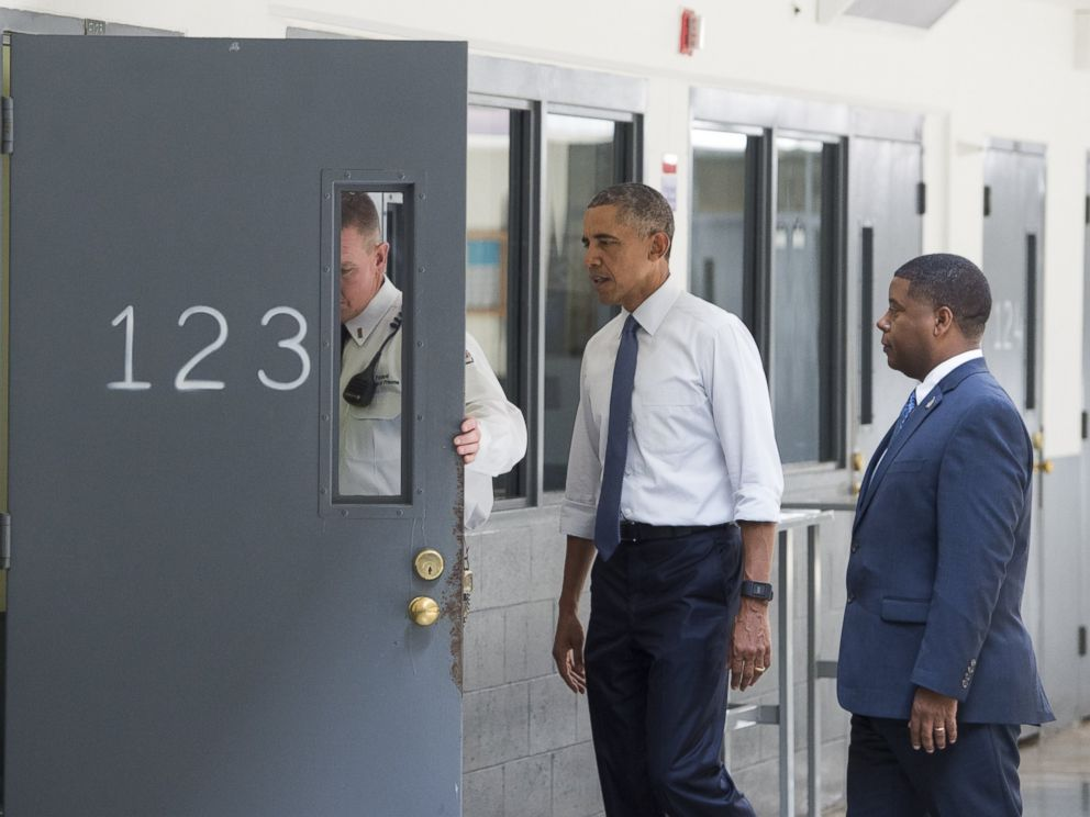 what president obama saw when he visited a federal prison abc news. Black Bedroom Furniture Sets. Home Design Ideas