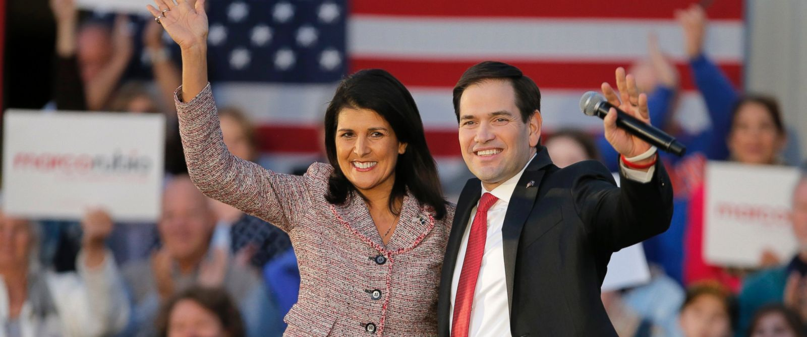 PHOTO: South Carolina Governor Nikki Haley and presidential candidate Marco Rubio react on stage during a campaign event in Chapin, South Carolina, Feb. 17, 2016.
