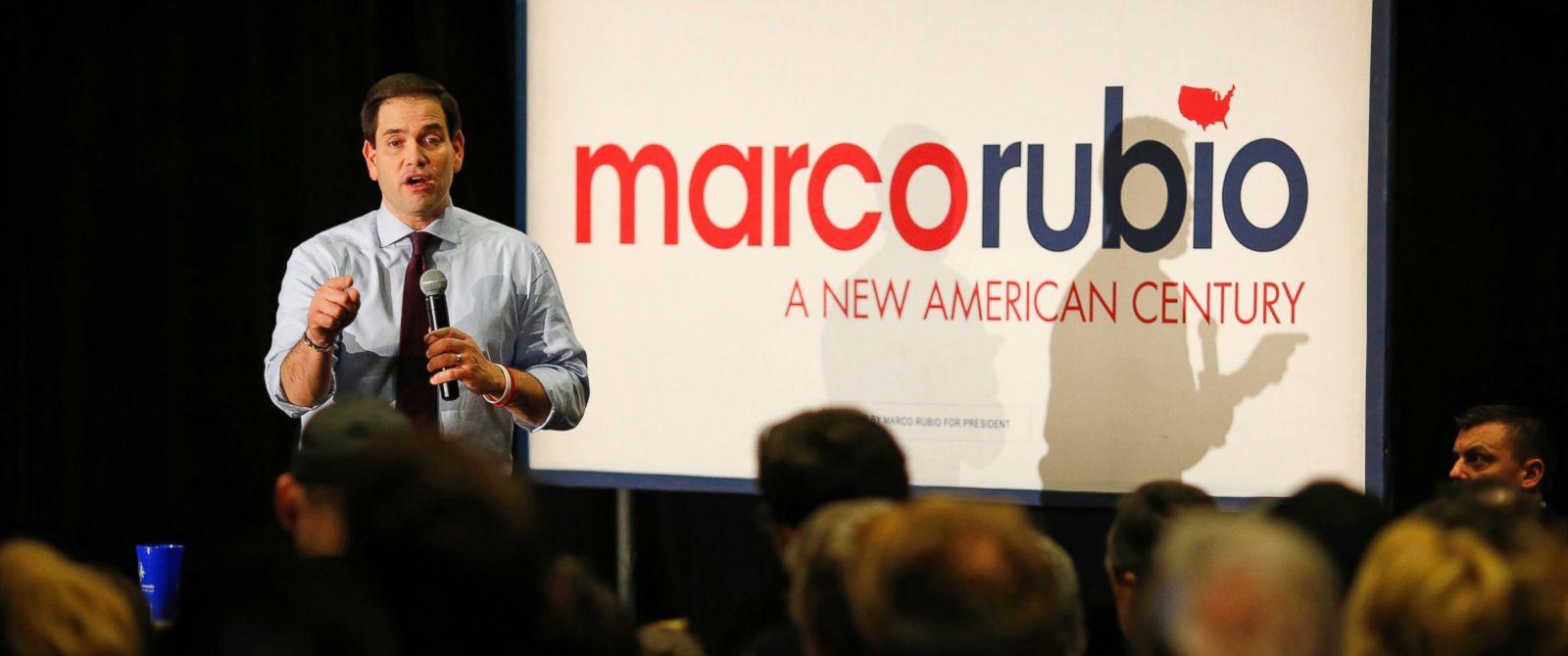 PHOTO: Republican presidential candidate Marco Rubio speaks at St. Ambrose University in Davenport, Iowa, Jan. 31, 2016.