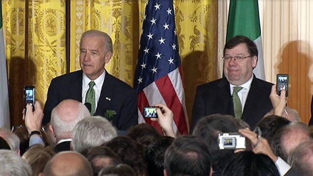 VIDEO: Joe Biden mistakenly refers to Ireland prime minister's mother as dead.