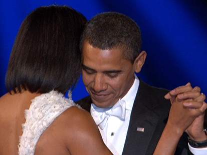 The Obamas First Ball