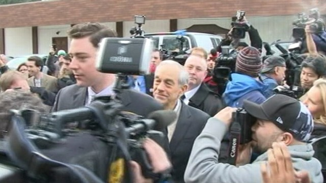 VIDEO: Members of the media descend on Moe Joes Restaurant in New Hampshire.