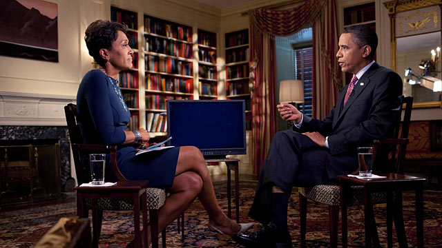 PHOTO:President Barack Obama tapes an interview on fatherhood with Robin Roberts of ABC News in the Library of the White House, June 16, 2011.
