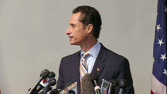 PHOTO:Anthony Weiner announces his resignation from Congress during a news conference in Brooklyn, NY., June 16, 2011.