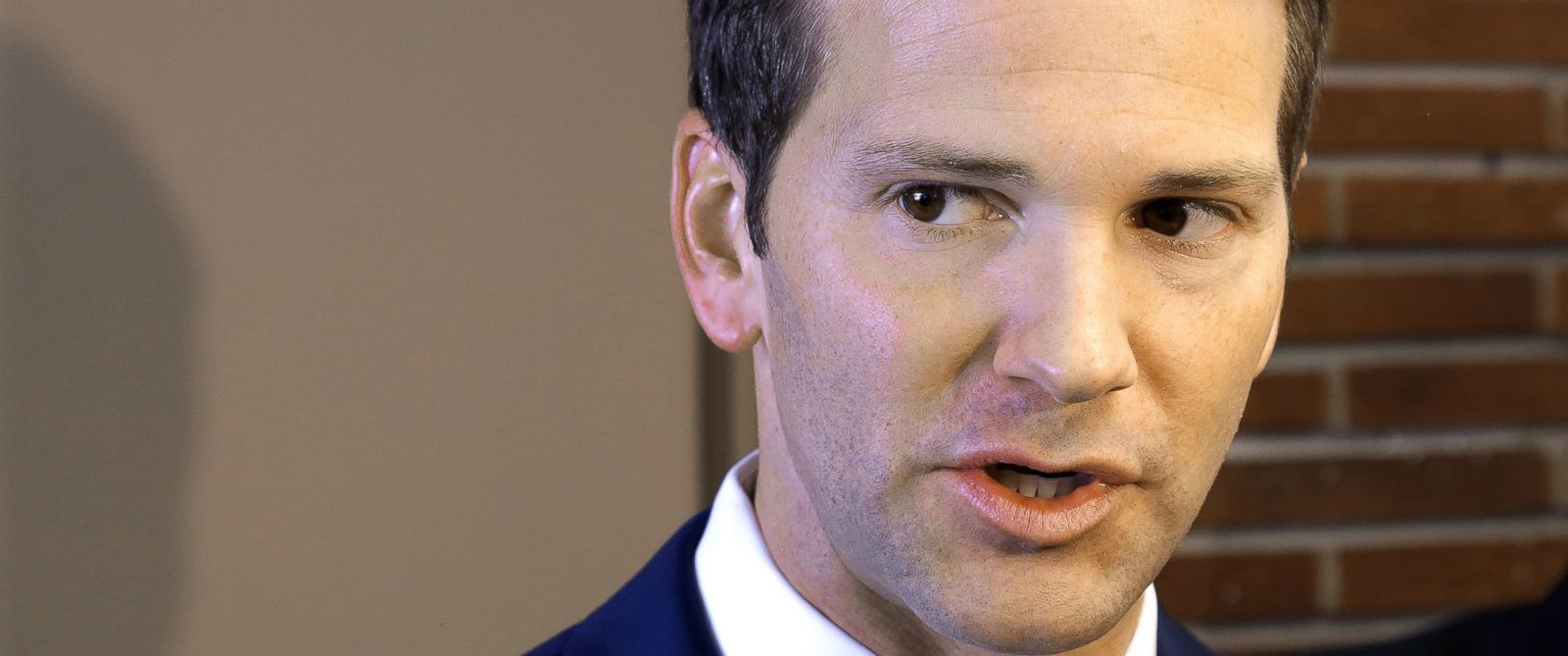 PHOTO: U.S. Rep. Aaron Schock speaks to reporters before meetings with constituents after a week in which he faced twin scandals, Feb. 6, 2015, in Peoria Ill.