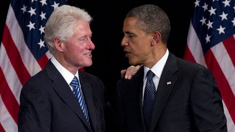 ap clinton obama mj 120604 wblog Bill Clinton: Mitt Romney Would Be Calamitous for Our Country