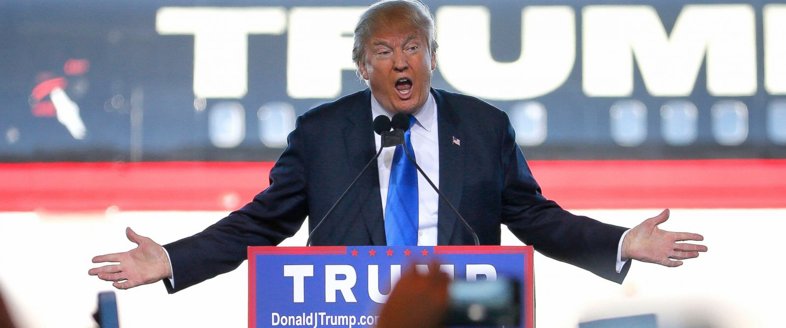 PHOTO: Republican presidential candidate Donald Trump speaks at a campaign rally, Dec. 16, 2015, in Mesa, Ariz.