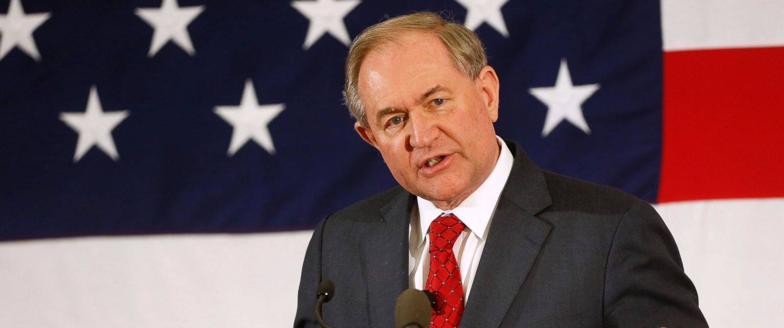 PHOTO: Former Virginia Gov. Jim Gilmore speaks at a Republican Leadership Summit, April 17, 2015, in Nashua, N.H.
