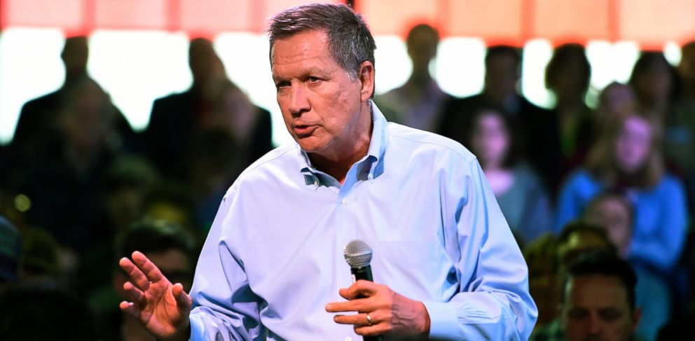 PHOTO: Republican presidential candidate Ohio Gov. John Kasich speaks at a town hall meeting in Portland, Ore., Thursday, April 28 , 2016