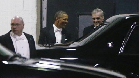 ap obama 130310 wblog Obama Makes Light of Recent Controversies at Gridiron Dinner