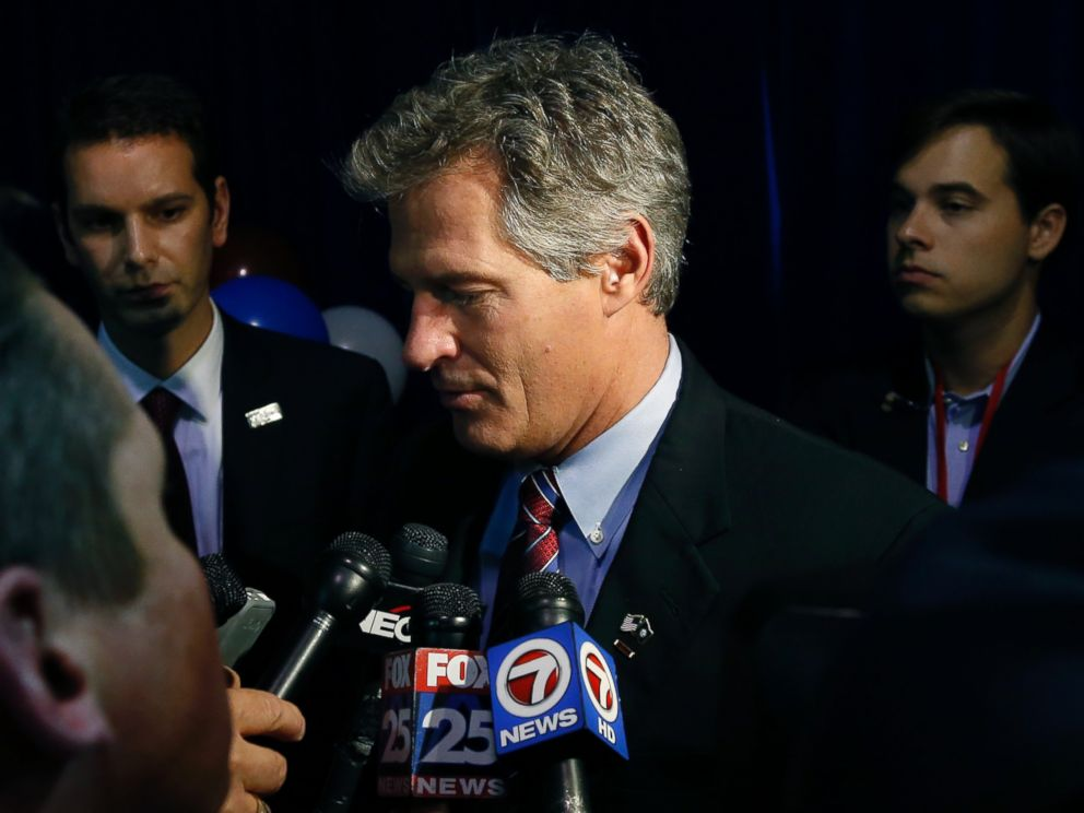 PHOTO: New Hampshire Republican Senate candidate Scott Brown speaks to reporters after conceding defeat to incumbent U.S. Sen. Jeanne Shaheen at his election night party in Manchester, N.H., Nov. 4, 2014.