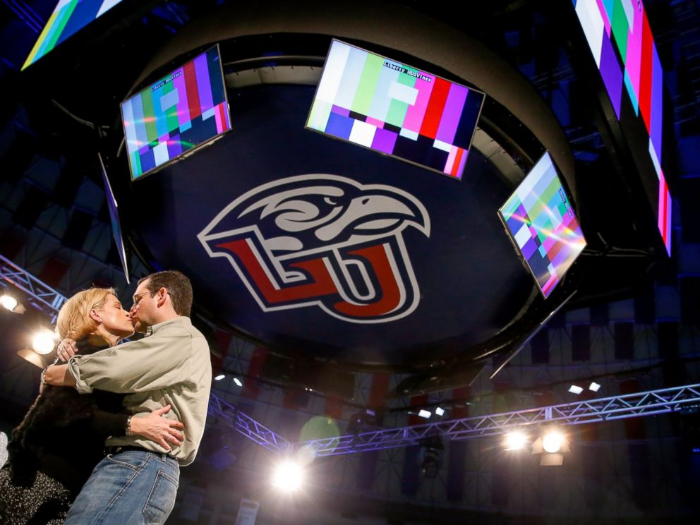 PHOTO: Sen. Ted Cruz, R-Texas, kisses his wife Heidi, during a walk-through for his Monday speech where he will launch his campaign for president at Liberty University on Sunday, March 22, 2015, in Lynchburg, Va.