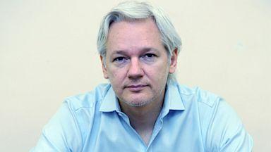 PHOTO: Wikileaks founder Julian Assange speaks to the media inside the Ecuadorian Embassy in London on June 14, 2013.