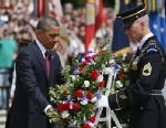 PHOTO: President Obama with wreath