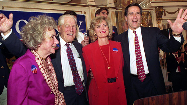 PHOTO: With Romney on stage are, from left to right, his mother Lenore Romney, his father George Romney, and wife Ann.
