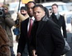 PHOTO: Former Rep. Jesse Jackson Jr. enters U.S. District Court, Feb. 20, 2013, in Washington, DC.
