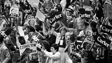 PHOTO: A demonstration on the floor for Jimmy Carter and Walter Mondale erupts.